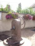 Fontaine, place de...
